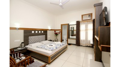Hotel Kings - Jammu