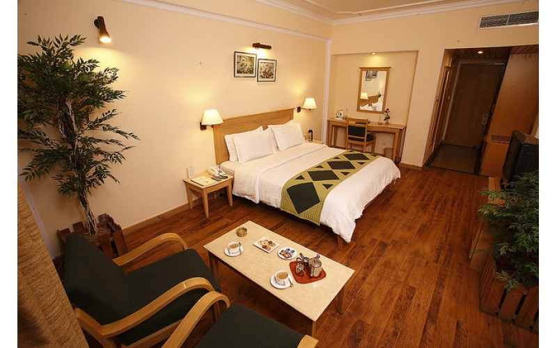 Hotel Willow Banks - Shimla - Premium Room
